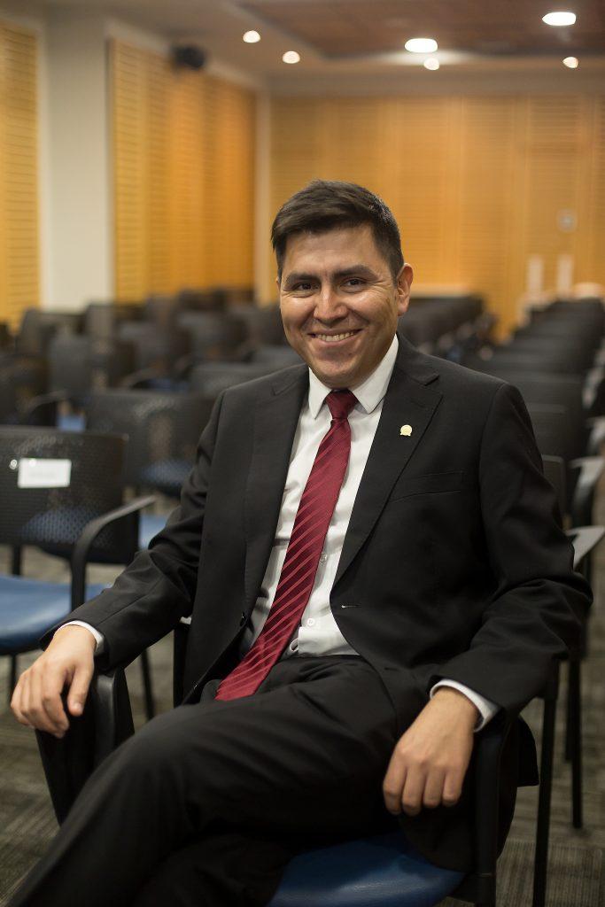 Claudio Olmos UNAB Indisa