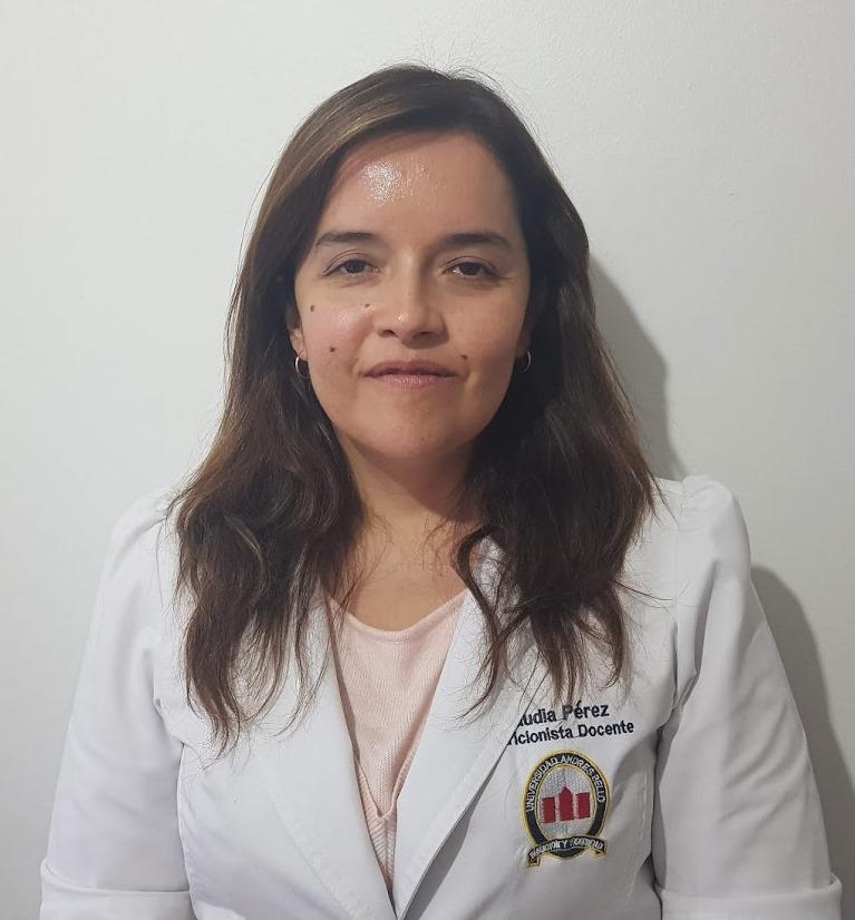 Claudia Perez UNAB