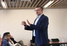 Decano FEN analizó los fundamentos socio económicos del estallido social
