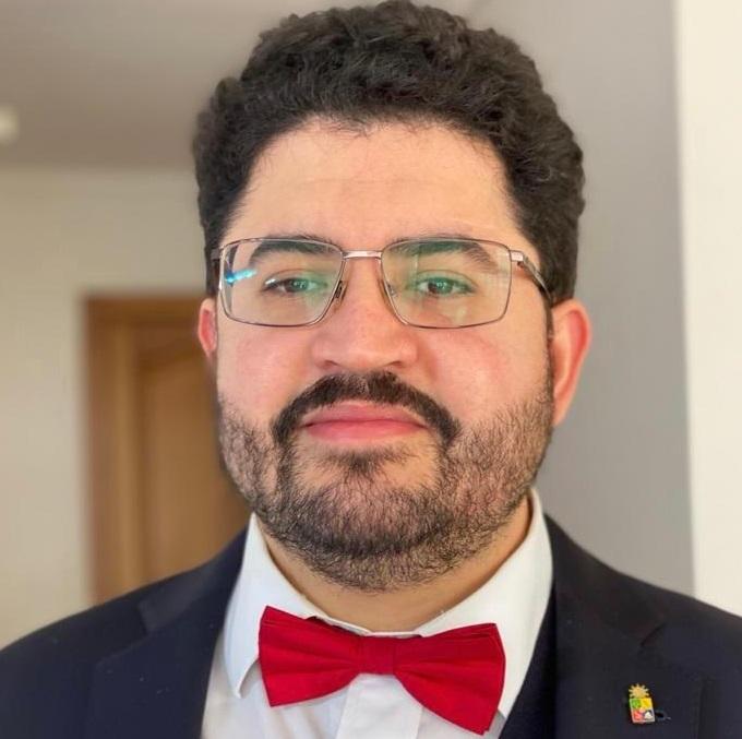 Profesor UNAB participó en dos actividades internacionales sobre derecho penal