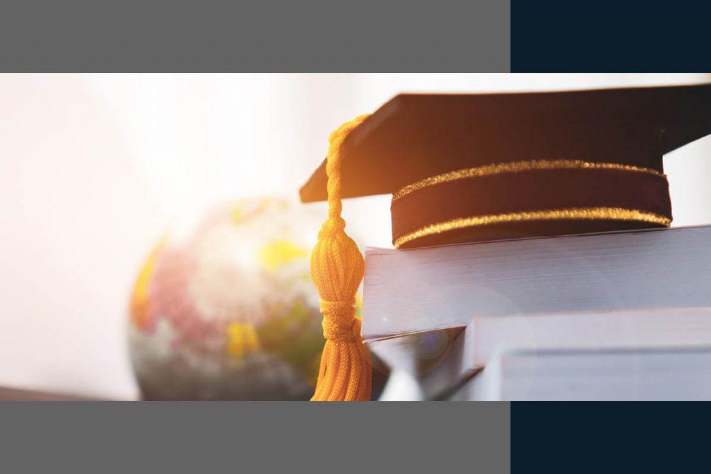 Derecho revisa casos de estudios de especialización en el extranjero