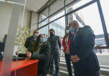 Ministro Enrique Paris visitó Centro de Trazabilidad en Unab Concepción