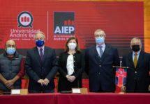 Alianza entre la U. Andrés Bello y el Instituto Profesional AIEP permitirá acceso de profesionales técnicos a carreras universitarias